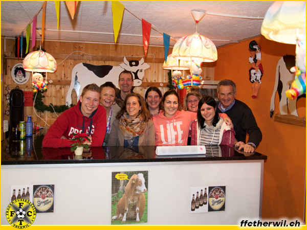 Gutzi backen & Weihnachtsessen Seniorinnen - Mixed - Team